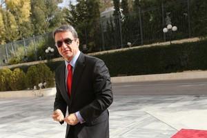 «Ελέγχθηκαν υπουργοί του ΣΥΡΙΖΑ με λεφτά στο εξωτερικό;»