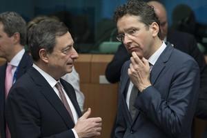 Ντράγκι: Η αγορά ομολόγων μας προστατεύει από την Ελλάδα