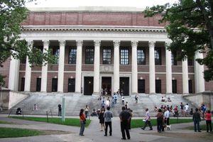 Μπροστά στον κίνδυνο της απέλασης οι ξένοι φοιτητές στις ΗΠΑ