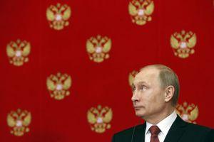 Πούτιν: Το Κομμουνιστικό Κόμμα ευθύνεται για την κατάρρευση της ΕΣΣΔ
