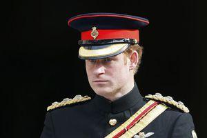 Ο πρίγκιπας Χάρι εγκαταλείπει τις ένοπλες δυνάμεις