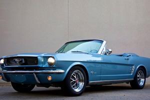 Η οriginal Mustang γεμίζει με σύγχρονη τεχνολογία