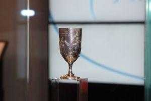 Πίσω στο Μουσείο της Ακρόπολης το ασημένιο κύπελλο του Σπύρου Λούη