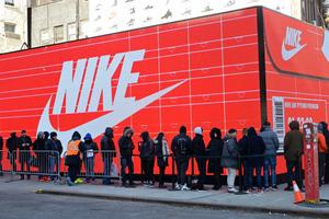 Το διάσημο σλόγκαν της Nike το οφείλει σε έναν... δολοφόνο