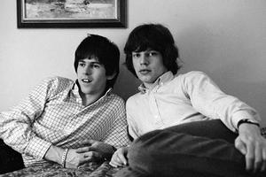 Beatles και Rolling Stones σε περιοδεία