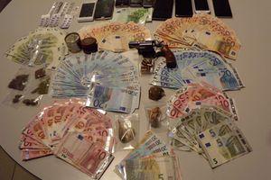 Έξι συλλήψεις μελών σπείρας διακίνησης ναρκωτικών