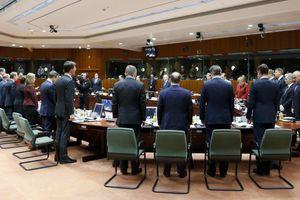 «Να εφαρμοστεί η συμφωνία του Μινσκ για να αρθούν οι κυρώσεις»