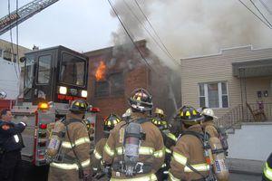 Τραγωδία με επτά παιδιά νεκρά από πυρκαγιά