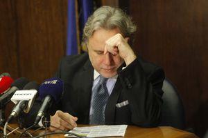 Συμφωνητικά και μετά τις εκλογές φέρεται να υπέγραψε ο Κατρούγκαλος