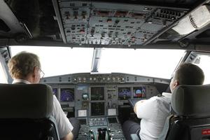 Πώς ο πιλότος της Germanwings θα μπορούσε να κλειδώσει την πόρτα του κόκπιτ