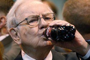 Ο 84χρονος Μπάφετ πίνει διαρκώς Coca Cola