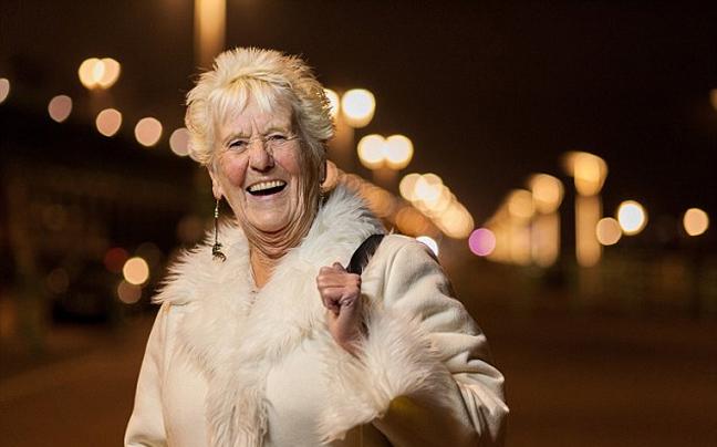 Η 78χρονη που είναι σωστό… party animal