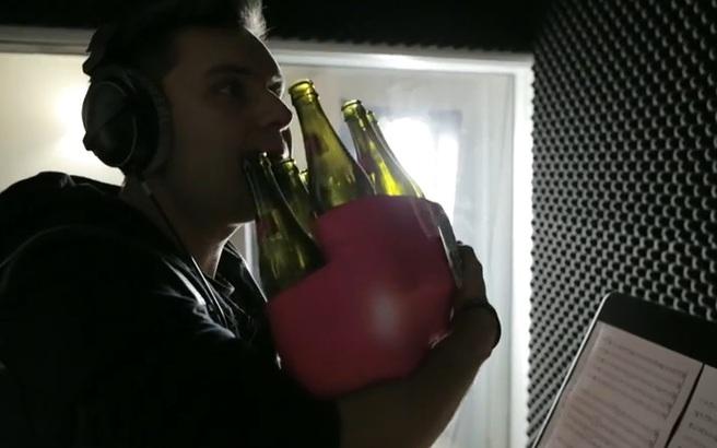 Τα παιδιά με τα μπουκάλια