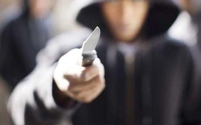 Αποτέλεσμα εικόνας για μαχαίρωμα