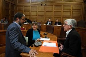 Κατάργηση του «κουκουλονόμου» ζητούν 28 βουλευτές του ΣΥΡΙΖΑ c736a9f8673