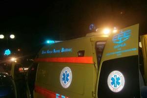 Αυτοκίνητο καρφώθηκε σε στάση λεωφορείου στην Ποσειδώνος