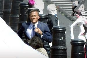 Σε εγχείρηση ο James Bond