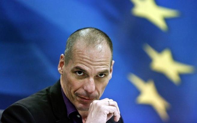 Βαρουφάκης: Το ευρώ ήταν εκ γενετής προβληματικό νόμισμα