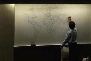Ο παγκόσμιος χάρτης από το χέρι ενός αυτιστικού 11χρονου