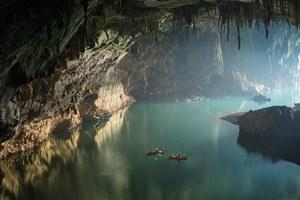 Κάτω από την επιφάνεια του Λάος