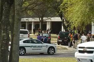 Σύλληψη για τα πυρά σε κολέγιο στη Βόρεια Καρολίνα