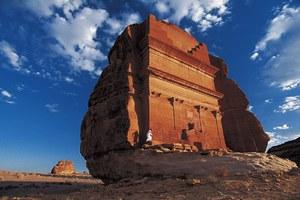 Το «μοναχικό κάστρο» της ερήμου