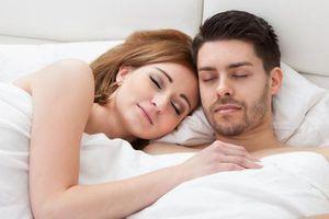 Έξυπνο ξυπνητήρι δίνει τη λύση στους πρωινούς καβγάδες
