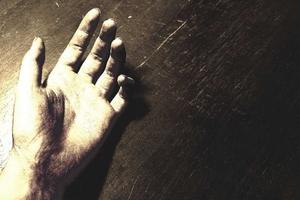 Νεκρός άνδρας στην Κρήτη - Έπεσε από τον 3ο όροφο πολυκατοικίας