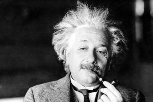 Το φαινόμενο επιστήμης και διανόησης Άλμπερτ Αϊνστάιν