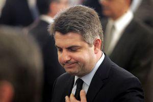 Αποσύρθηκε από τη διεκδίκηση της αρχηγίας ο Κωνσταντινόπουλος