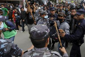 Οργή και αγανάκτηση στο Νεπάλ κατά της κυβέρνησης