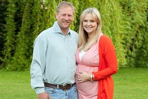 Έπειτα από έξι εξωσωματικές έμεινε έγκυος φυσιολογικά!