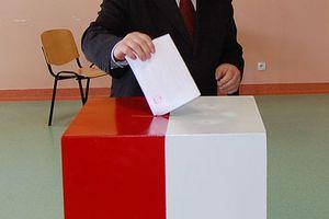 Οι Πολωνοί εκλέγουν νέο Πρόεδρο
