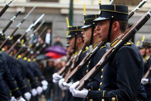 Αναμένεται πτώση βάσεων σε στρατιωτικές σχολές και αστυνομία