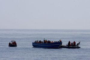 Διασώθηκαν 420 μετανάστες στα ανοικτά της λιβυκών ακτών