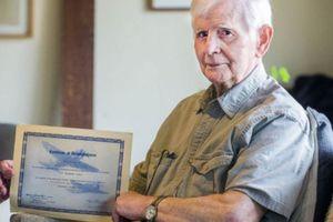 Πήρε πτυχίο μετά από... 76 χρόνια