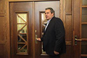 «Ούτε κατά ένα κόμμα υποχώρηση από τις θέσεις της κυβέρνησης στη διαπραγμάτευση»