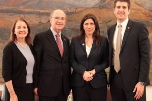 Για το έργο της Βουλής ενημέρωση η Κωνσταντοπούλου αντιπροσωπεία της ΑΧΕΠΑ