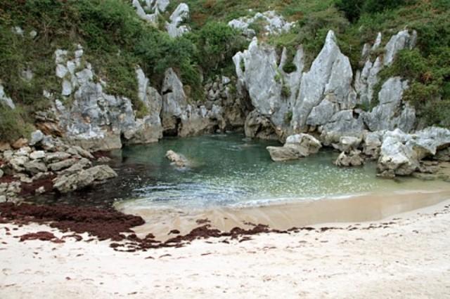 beach4c.jpg