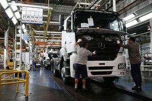 Μαζικές απολύσεις σε εργοστάσιο της Mercedes-Benz
