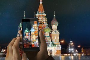 Η Ρωσία θέλει να σπάσει το ολιγοπώλιο των iOS και Android