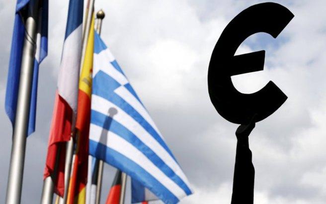 Politico: Έκθεση δώρο θα λάβει η Αθήνα από την Κομισιόν