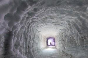 Το μεγαλύτερο τεχνητό σπήλαιο πάγου του κόσμου