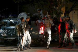 Οι Ταλιμπάν ανέλαβαν την ευθύνη της βομβιστικής επίθεσης στο κέντρο της Καμπούλ
