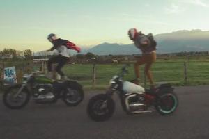 Τρελά κόλπα με μοτοσυκλέτες