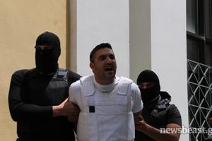 Φραστική επίθεση στα ΜΜΕ από τους συλληφθέντες της Νέας Αγχιάλου