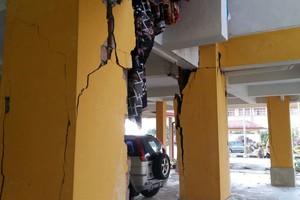 Παγιδεύτηκαν ορειβάτες από τον ισχυρό σεισμό στο Βόρνεο