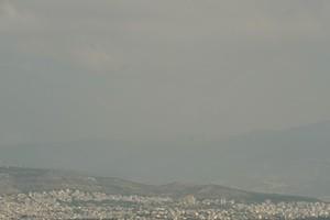 Εικόνες από το τοξικό νέφος που κάλυψε την Αττική