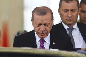 Οργή Ερντογάν κατά ξένων διπλωματών: Εδώ είναι Τουρκία