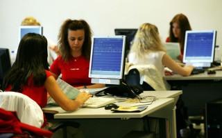 Οι εκπλήξεις στο νομοσχέδιο για επιχειρήσεις, ελεύθερους επαγγελματίες και νησιά